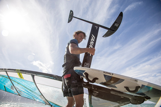 Soorten-windsurf-materiaal-foil