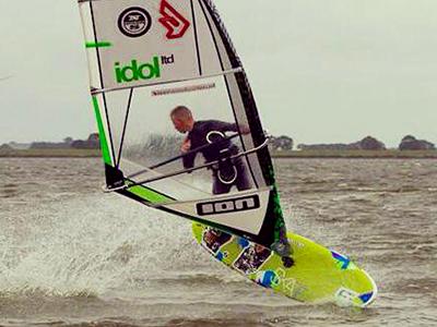 Windsurf actie foto van Sem Jongewaard