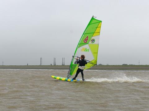 niek-van-der-linde-2017-maart-windsurf